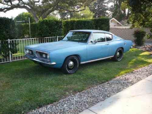 Plymouth Barracuda Deluxe Barracuda Fastback (1967)