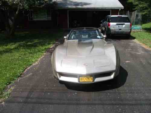 Chevrolet Corvette 1982 What You Are Bidding On Is A One Owner