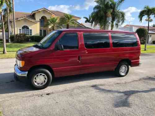 Ford E-Series Van Club Wagon (1998)