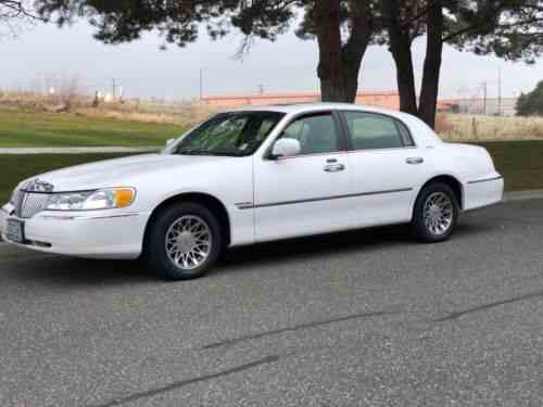 Lincoln Town Car Signature Series 2001 For Sale Is A Lincoln One
