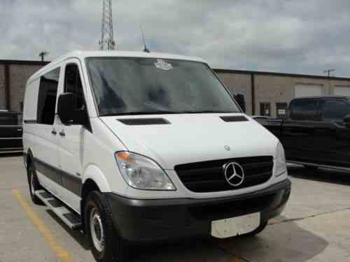 Mercedes benz sprinter 2500 cargo van diesel premium one for 2011 mercedes benz sprinter van for sale