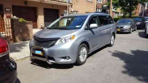 toyota sienna xle 2014 selling our toyota sienna xle one owner cars for sale. Black Bedroom Furniture Sets. Home Design Ideas