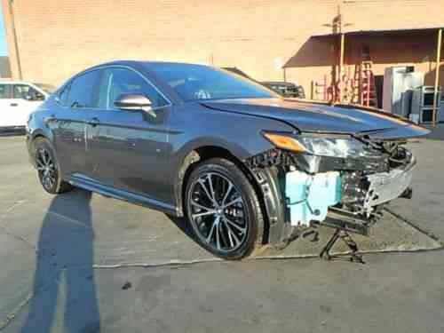 Toyota Camry Se Le Very Low Miles Sunroof Backup Camera One Owner